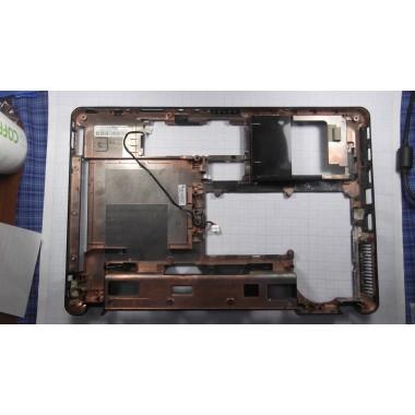 Нижняя часть корпуса для ноутбука Lenovo Y450